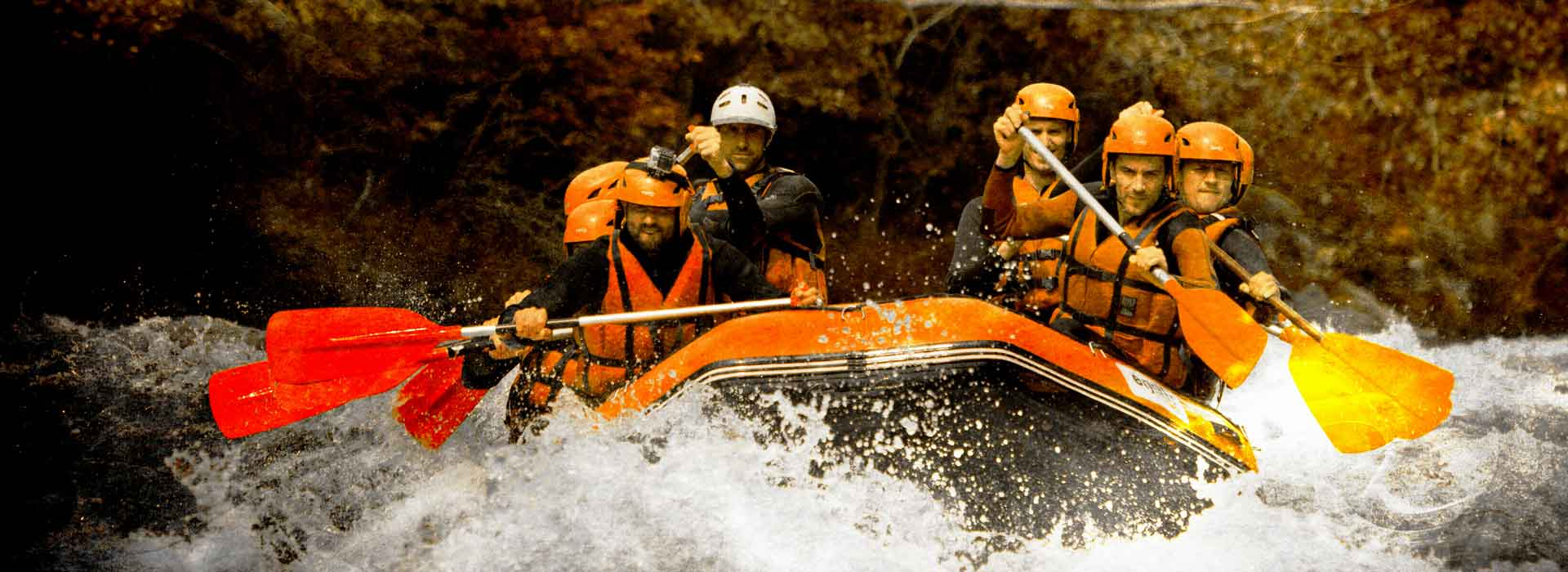 Half day rafting in Savoie, white water base Bourg-Saint-Maurice